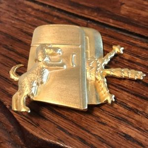 80's JJ gold tone cat & dog brooch